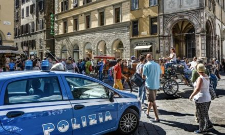 ROPE Italy: Migrants attack police with bricks in Turin
