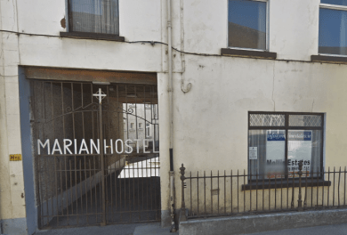 TULLAMORE PUSHBACK A LOCAL SPEAKS OUT(Video).'They're treating us like fools' – locals angered after direct provision centre in Offaly gets go ahead(Article)