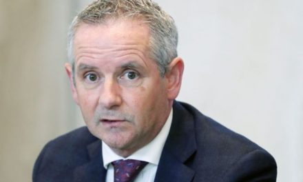 HSE chief Paul Reid 'regrets' telling 2,000 people to do their own contact tracing