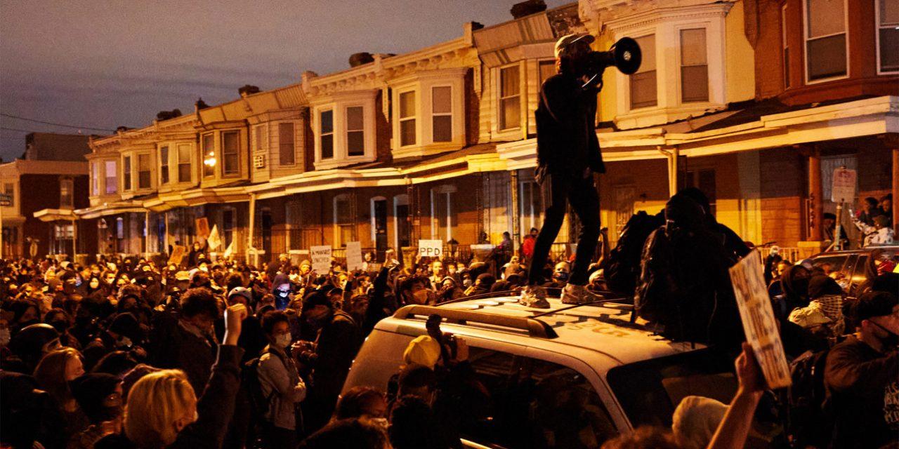 PHILADELPHIA OVERRUN BY RIOTING, LOOTING AFTER POLICE SHOOT KNIFE-WIELDING BLACK MAN