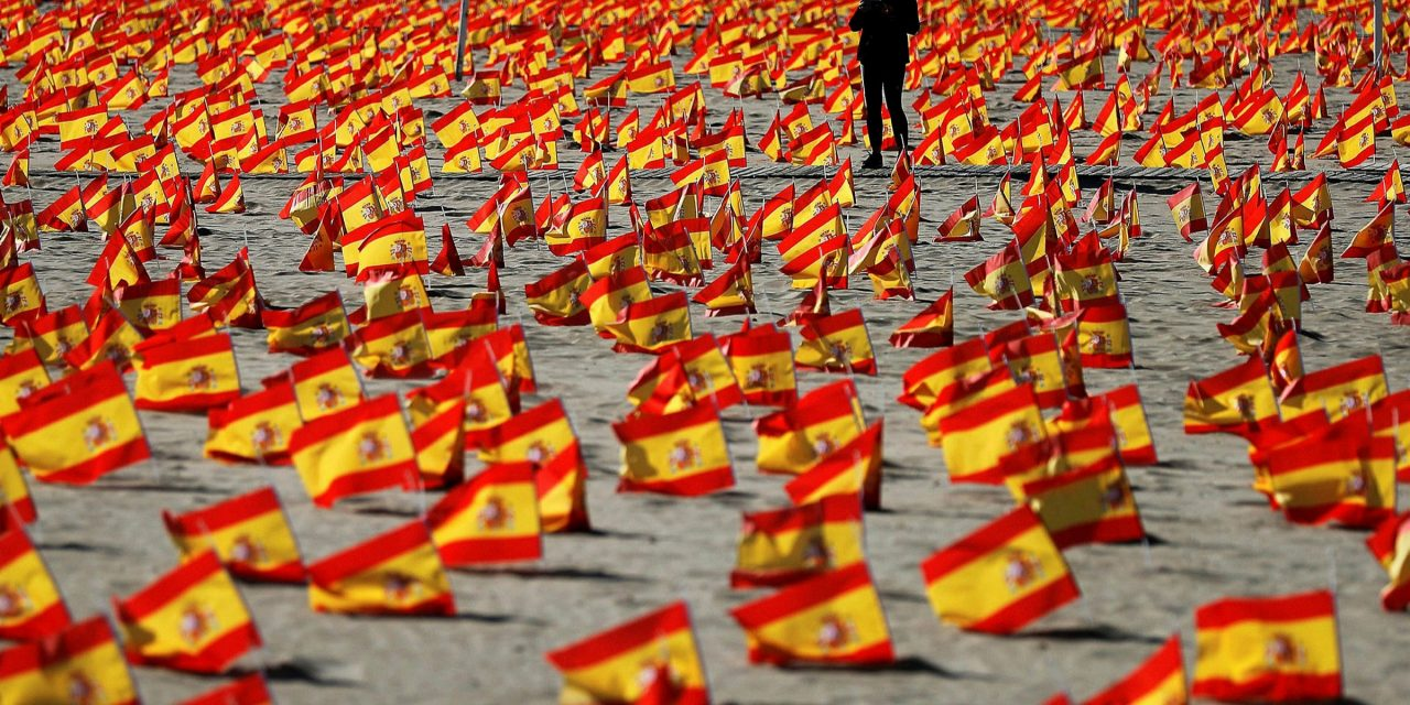 Backlash after Spanish politicians attend awards ceremony just hours after curfew announced
