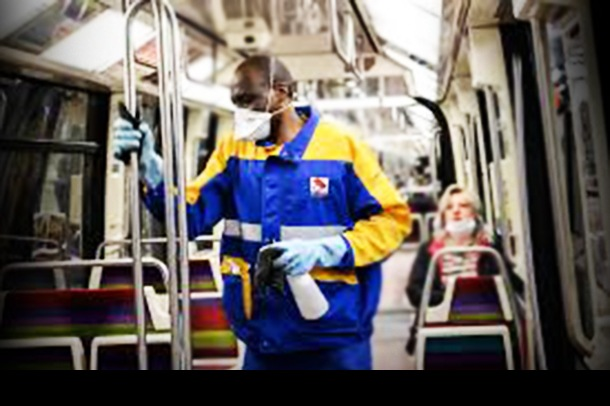 France: New Law Would Ban COVID Vaccine Refusers from Using Public Transport