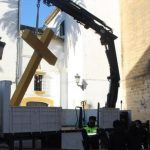 COMMUNIST POLITICIANS REMOVE CROSSES IN SPAIN