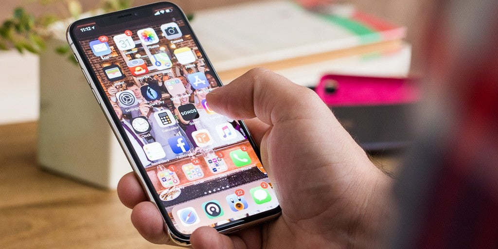 Smartphones enable 'cancel culture' to ruin the lives of teens whose brains aren't fully developed