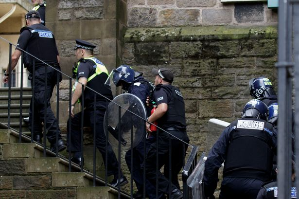 BBC Whitewash Scottish Police Tyranny – But Public Still Have Warm Cozy Feeling about their Stasi Enforcers