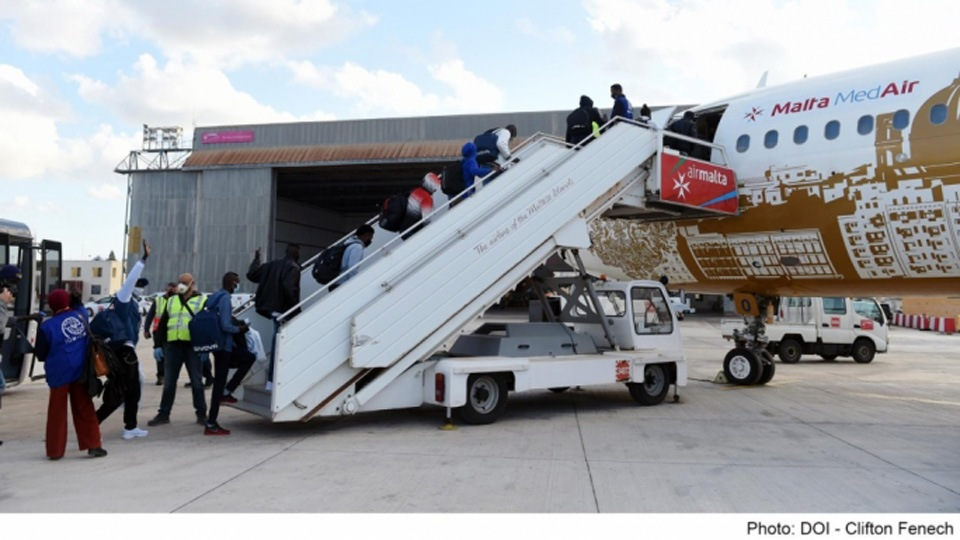 Malta sent four flights with migrants to Ireland in March