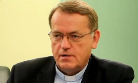 Priest who exposed 'homoheresy' speaks out on need to curb 'homosexual clans' in Church