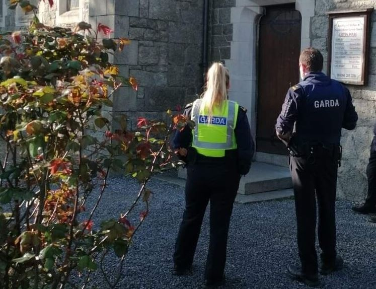 'WHY ARE WE THE ONLY COUNTRY?' PRIEST QUESTIONS IRELAND'S MASS BAN