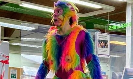UK LIBRARY FORCED TO APOLOGIZE AFTER HIRING MAN IN MONKEY DILDO COSTUME TO PERFORM FOR KIDS