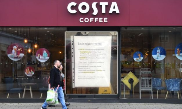 Branch of Costa Coffee Demands Proof of Vaccination, Photo ID to Enter Shop