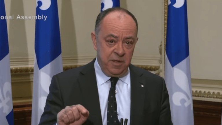 Quebec healthcare workers to be suspended without pay for refusing COVID vaccines
