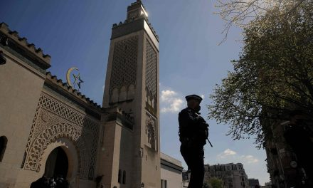 France to close a mosque in the west of the country over jihad support